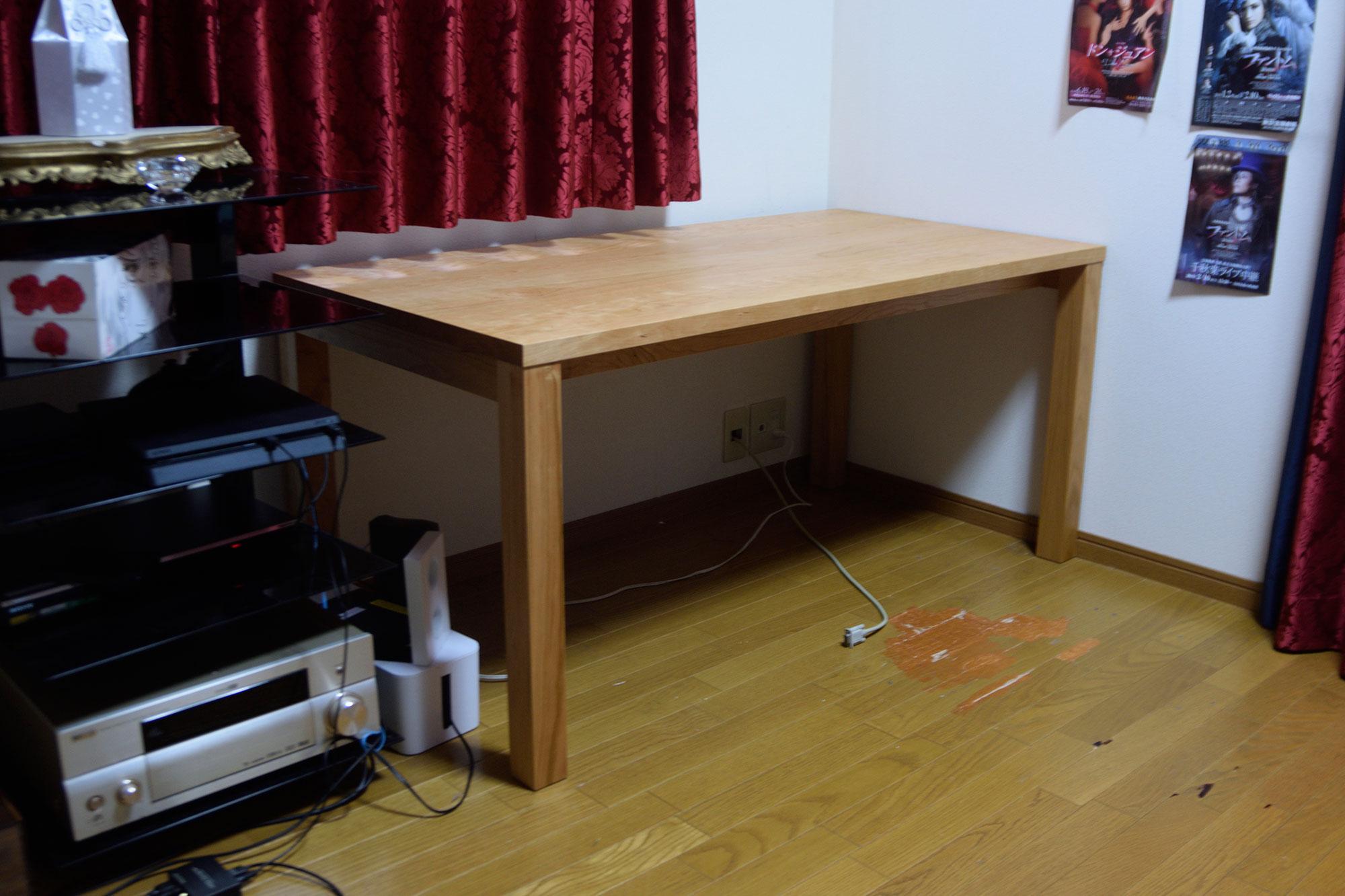 アメリカンチェリー材で製作したスタンダードテーブルタイプ2