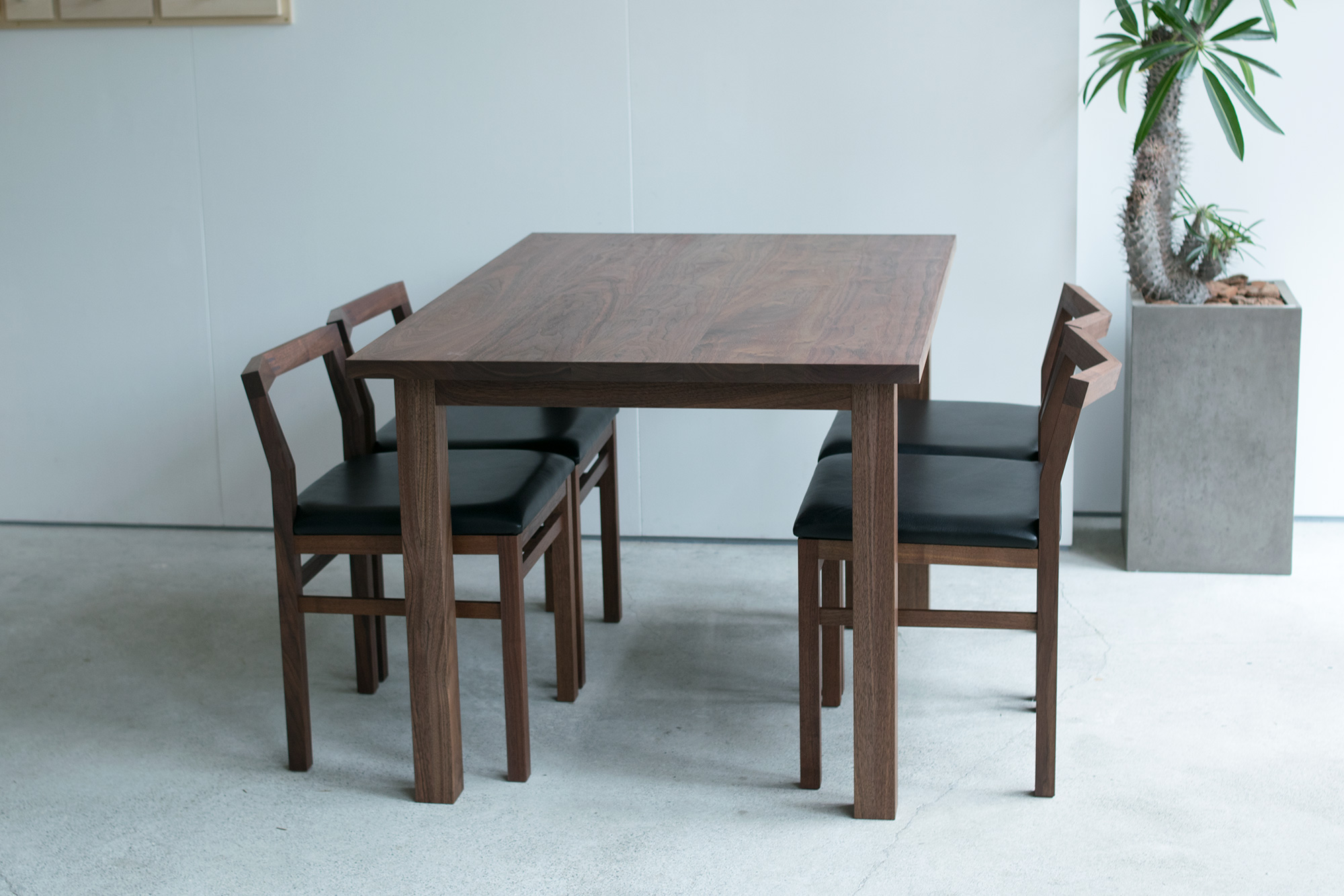STANDARD TABLE  pico chair