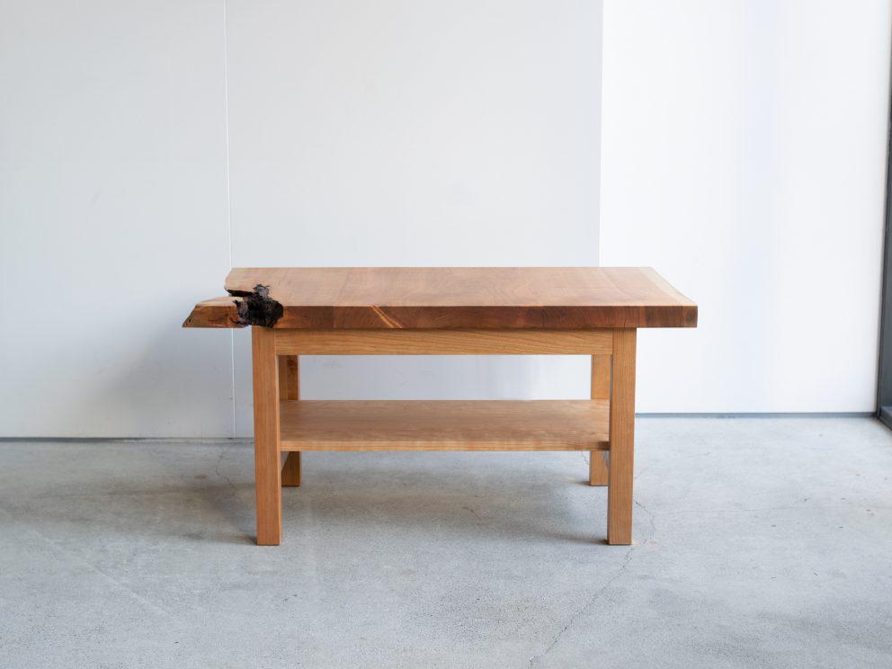 アメリカンチェリー一枚板天板から製作したローテーブル