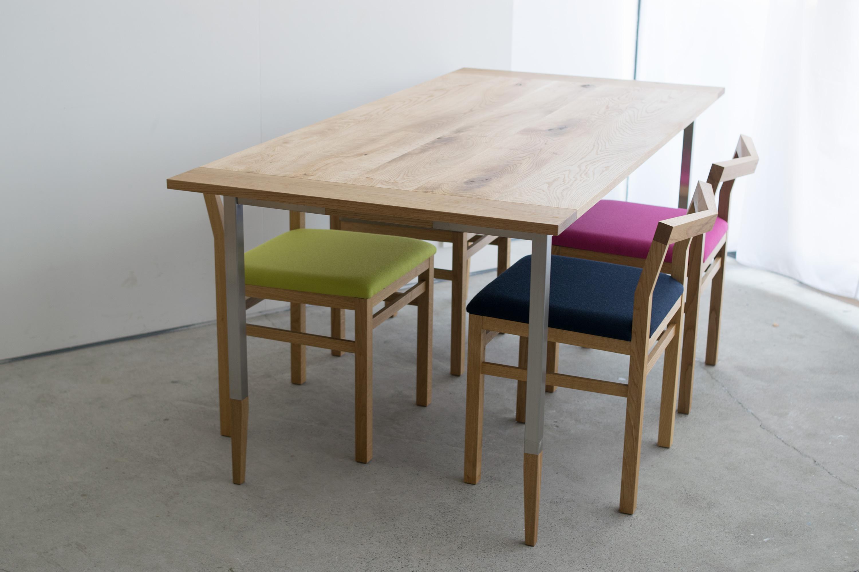 ALTERNATIVE TABLE & Pico chair