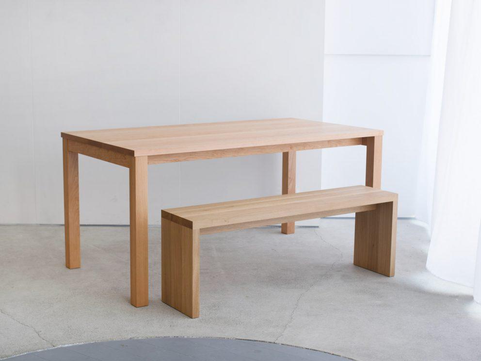 無垢アメリカンチェリー材 スタンダードテーブル と アッツベンチ