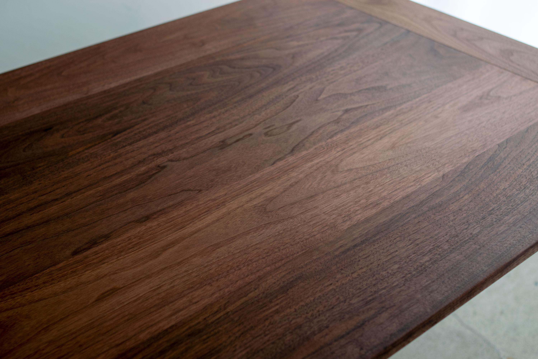 ウォールナット材天板、オルタナティブテーブル