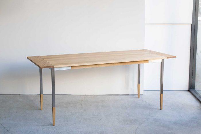 オルタナティブテーブル